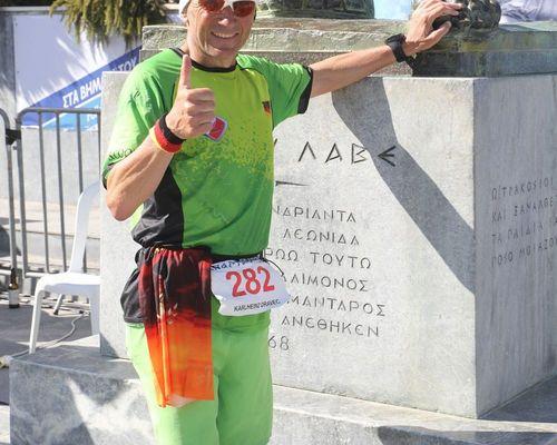 Karlheinz Dravec finisht den Spartathlon (246 km)